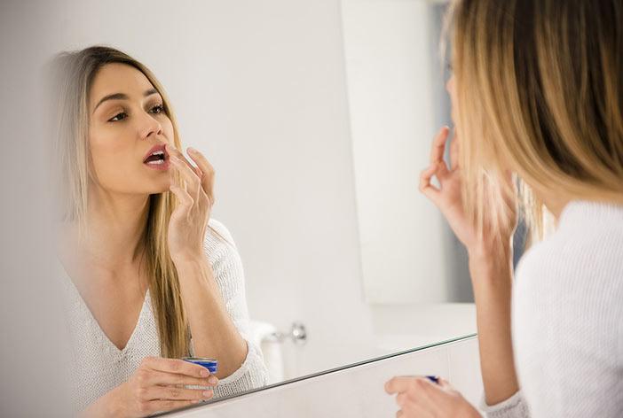 درمان زیبایی لب - جراحی زیبایی لب